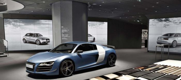 Audi City London using interactive 3D rendering to show car configurations in the showroom
